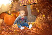 Baby-Outdoor-Fall-Pumpkin-Patch
